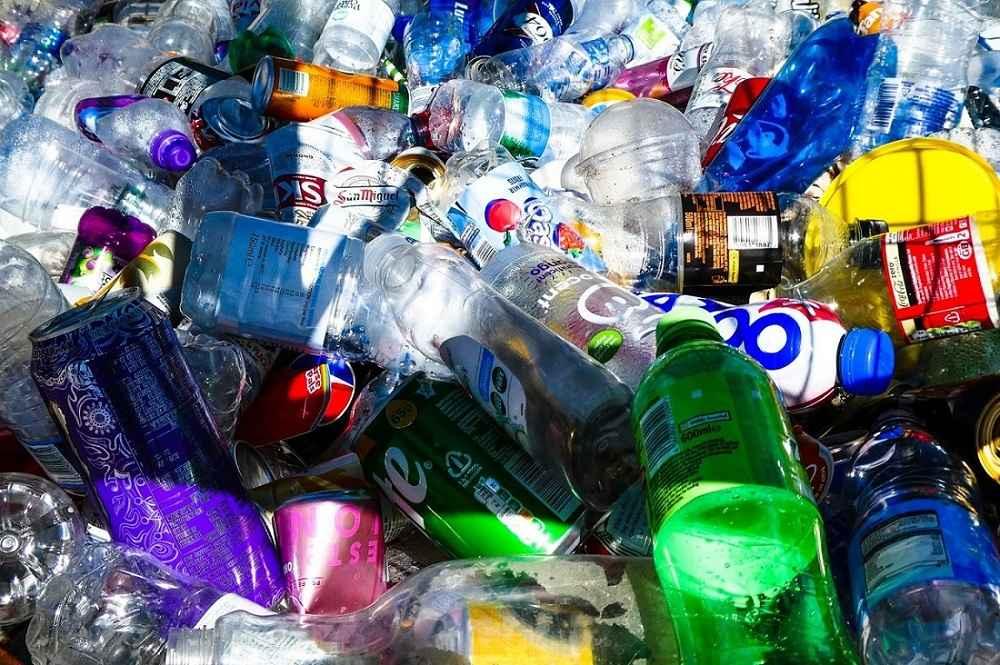Plastic bottles - aluminum recycling